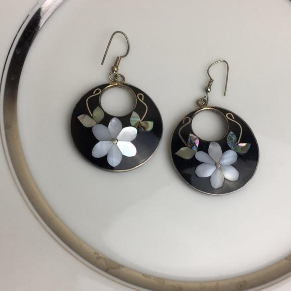9acc80deb Alpaca Mexico Black enamel abalone silver earrings.  M_5b75e0ac5bbb8076762eadb7